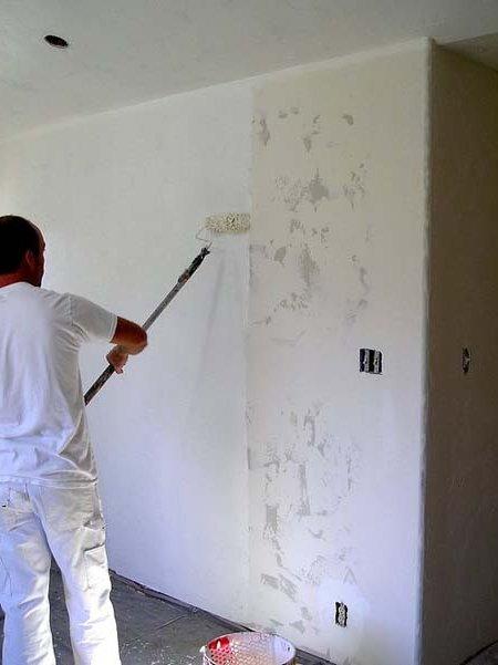C mo pintar una pared paso a paso de manera f cil brico - Pasos para pintar una pared ...