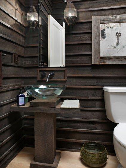 tambin se puede intercalar elementos modernos como lavabos de cristal que logran un contraste muy interesante con los elementos rsticos