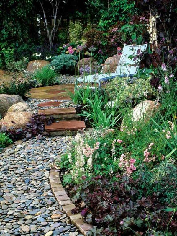 Jardines con piedras 45 fotos y sugerencias para su dise o for Piedras negras para jardin