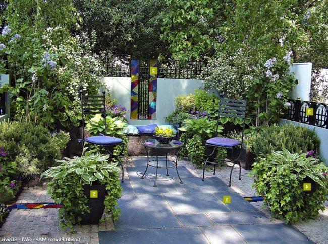 Jardines peque os y bonitos 60 im genes e ideas modernas for Jardines en espacios pequenos fotos