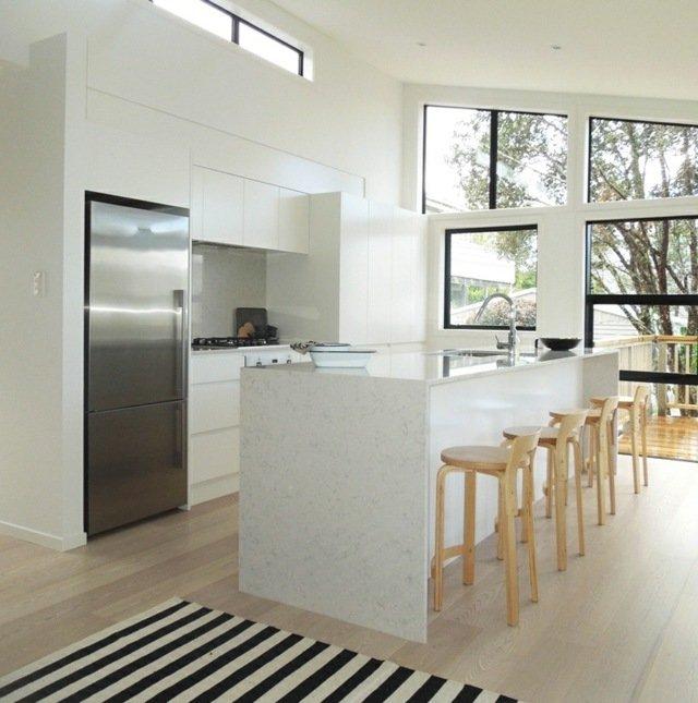 Cocinas blancas 70 fotos inspiradoras e ideas de for Habitacion lila y blanca