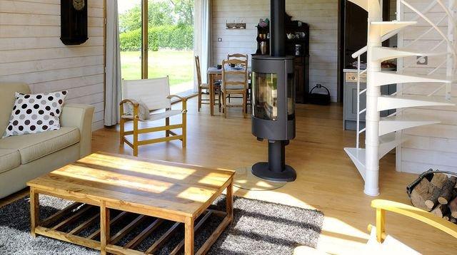 Casas peque as modernas 50 im genes e ideas de decoraci n for Muebles para piezas pequenas