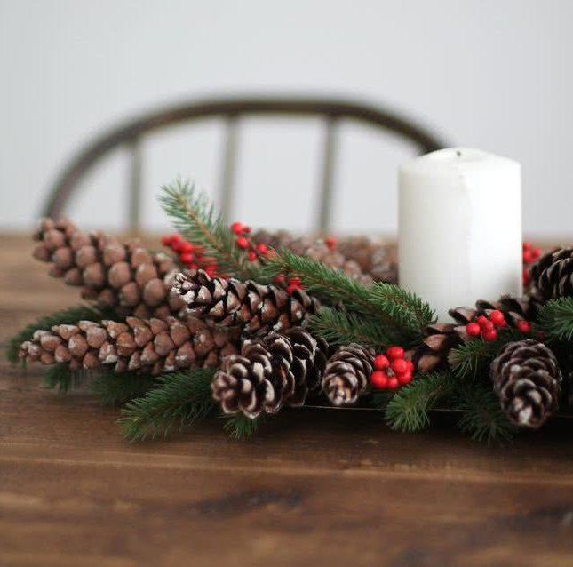 Centros De Mesa Para Navidad 2018 2019 30 Fotos E Ideas Faciles - Centros-de-mesa-navideos-con-velas