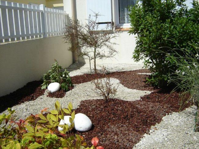 Jardines con piedras 45 fotos y sugerencias para su dise o - Antejardines pequenos fotos ...