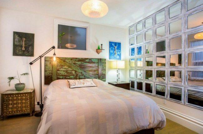 si recurres a casas de venta de artculos de segunda mano o casas de remates podras conseguir marcos antiguos de espejos o de cuadros puertas antiguas