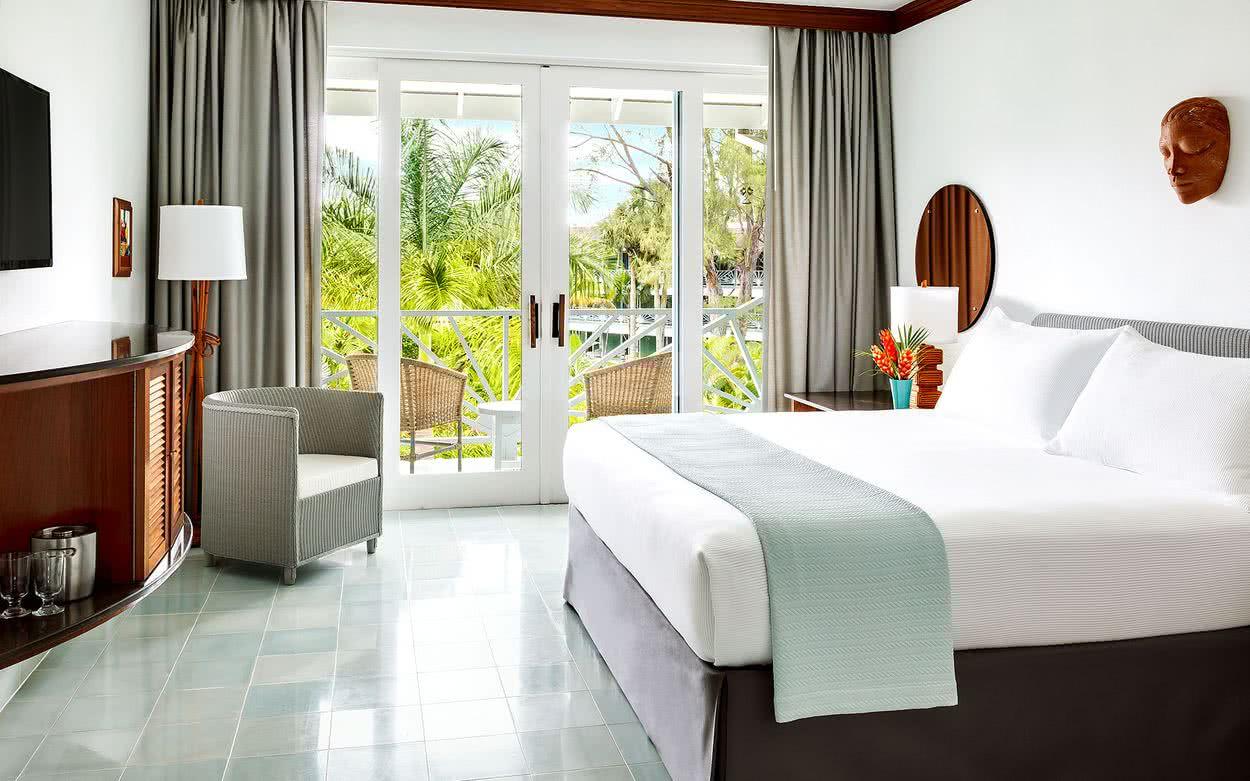 50 habitaciones de matrimonio colores e ideas para decorar - Habitacion de madera ...