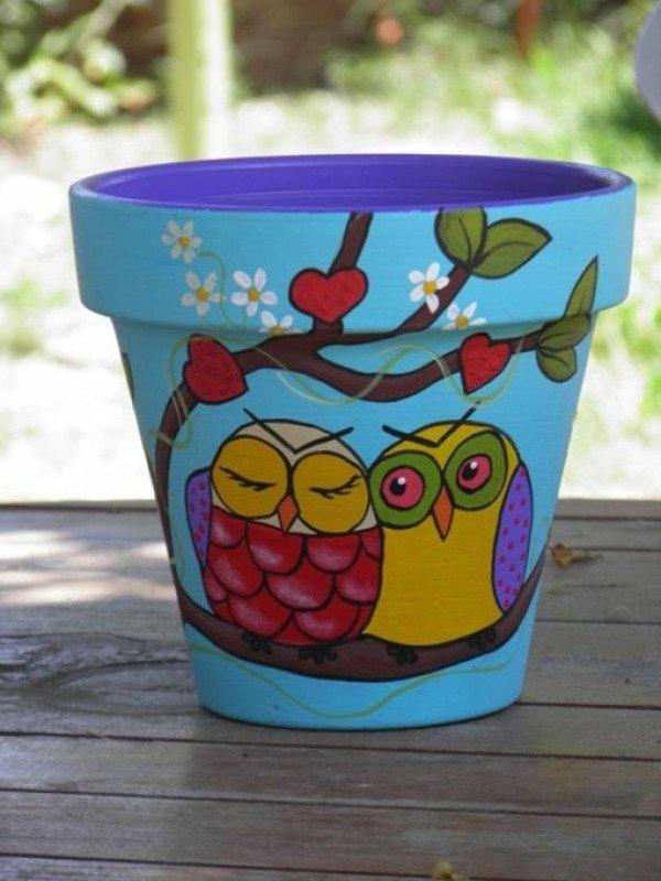 Macetas decoradas 5 ideas f ciles y baratas para hacer en casa for Decoracion de jardin con ollas de barro