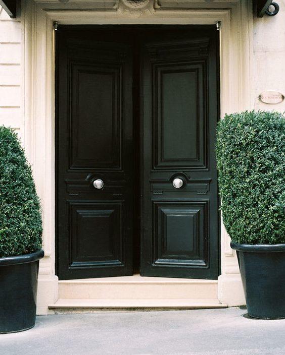 Colores para puertas 40 fotos e ideas para inspirarse - Puertas de casa blancas ...