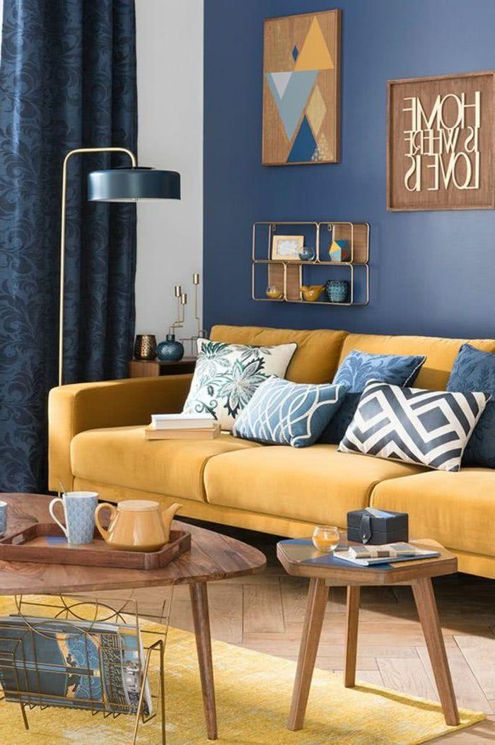 salón azul y amarillo