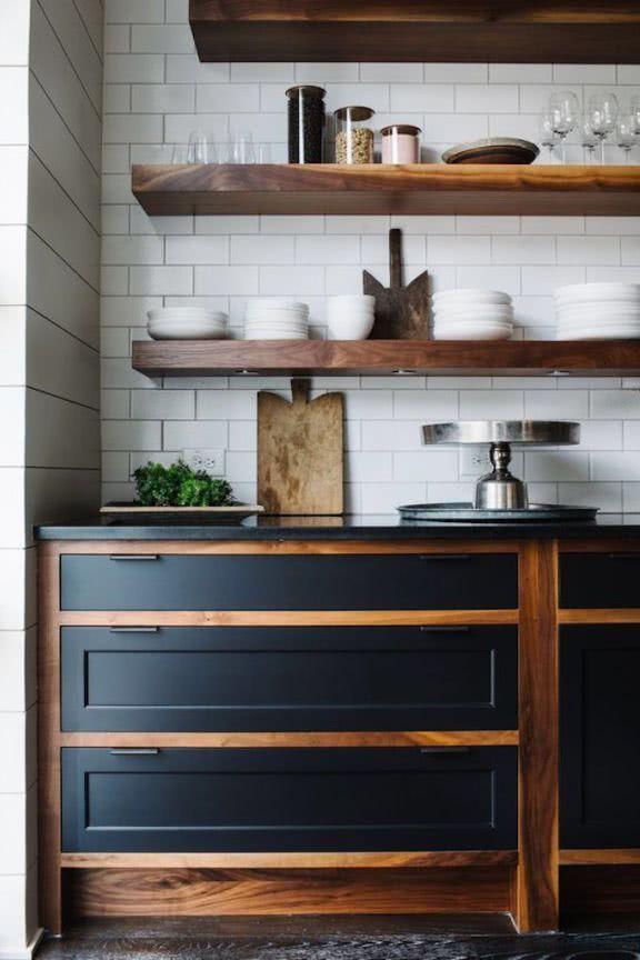 Colores para cocinas 2019 70 fotos y tendencias modernas for Cocina color gris y madera
