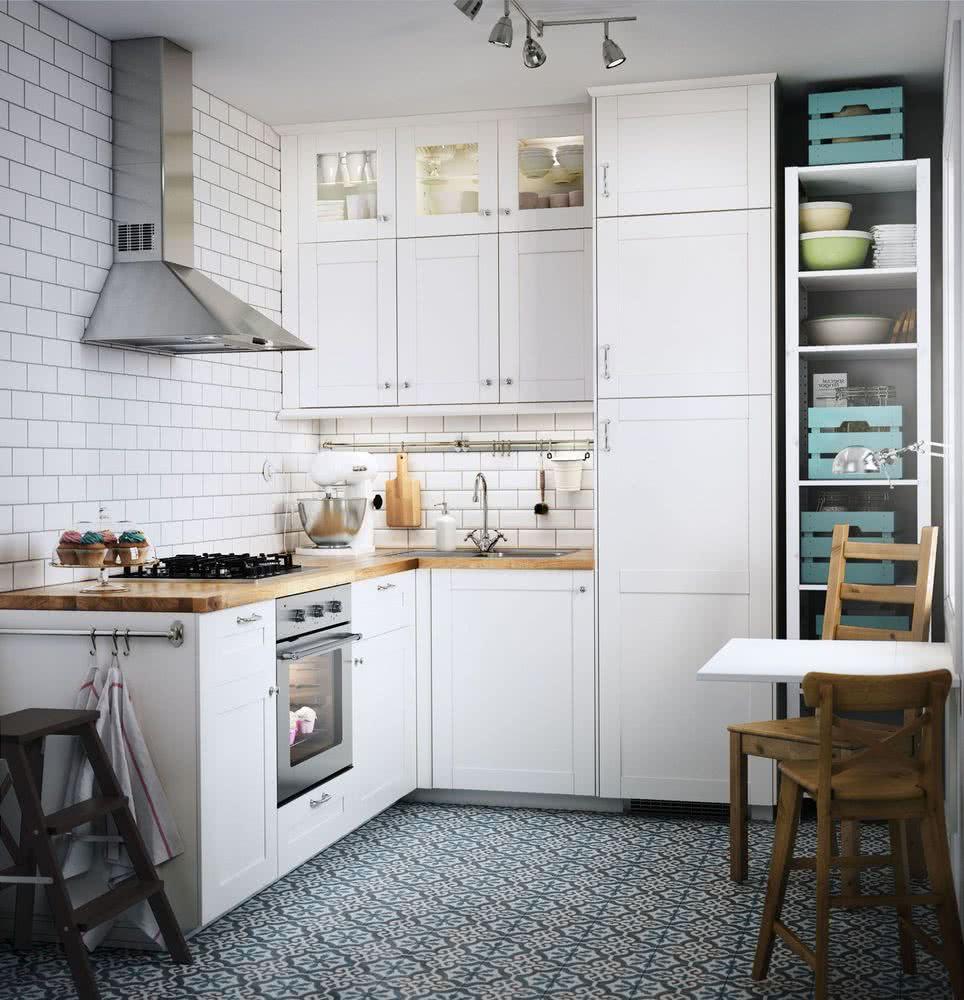 gabinetes de cocina blancos con una isla azul Colores Para Cocinas 2020 2019 70 Fotos Y Tendencias Modernas
