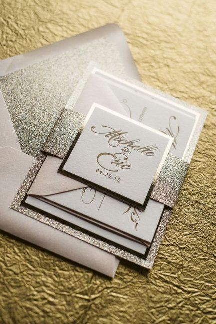 un sobre con invitaciones a los diferentes eventos de la boda boda civil religiosa y fiesta - Invitaciones De Boda Elegantes