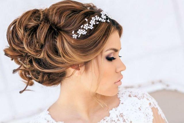 Peinados de novia con velo largo 2017