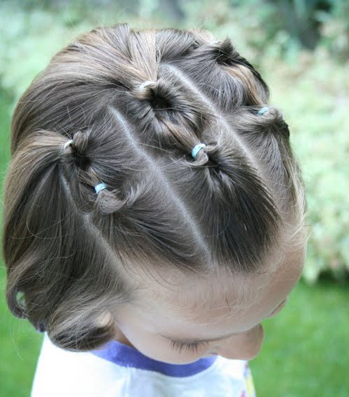 Más peinados en Nuestros Hijos Recogidos y semirecogidos para niñas paso a  paso y fotos · Peinados para niñas