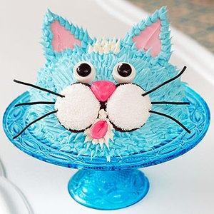 por ltimo el souvenir de cumpleaos crear con papel fieltro e hilo para que los nios se lleven caramelos