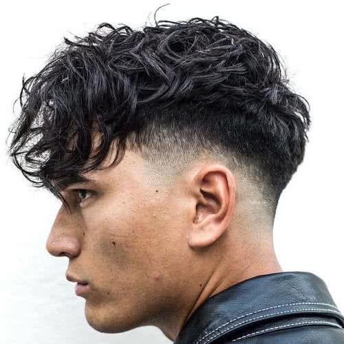 Peinados con pelo largo arriba